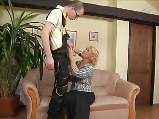 mature hardcore Mature woman fucks the plumber
