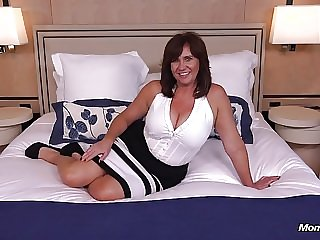 old & milf Thick busty Cougar MILF loves young cock