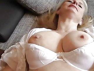 mature blowjob Cum in MUM