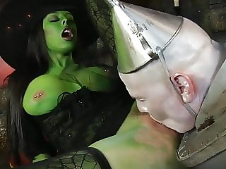 cumshot blowjob not the wizard of oz