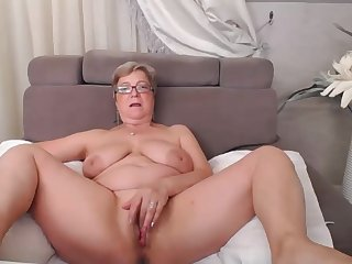granny amateur Pam toys close up