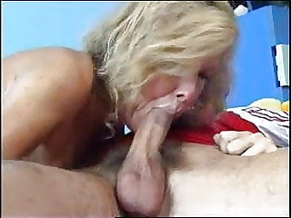 cumshot blowjob horny mom and boy