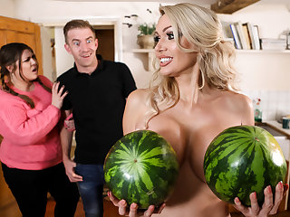 blonde big tits Amber Jayne & Danny D in New To Nudism - BRAZZERS