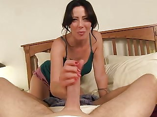mature fingering At the hotel with mother